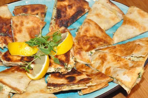quesadillas-med-farskost-mangold-och-cashewnotter1
