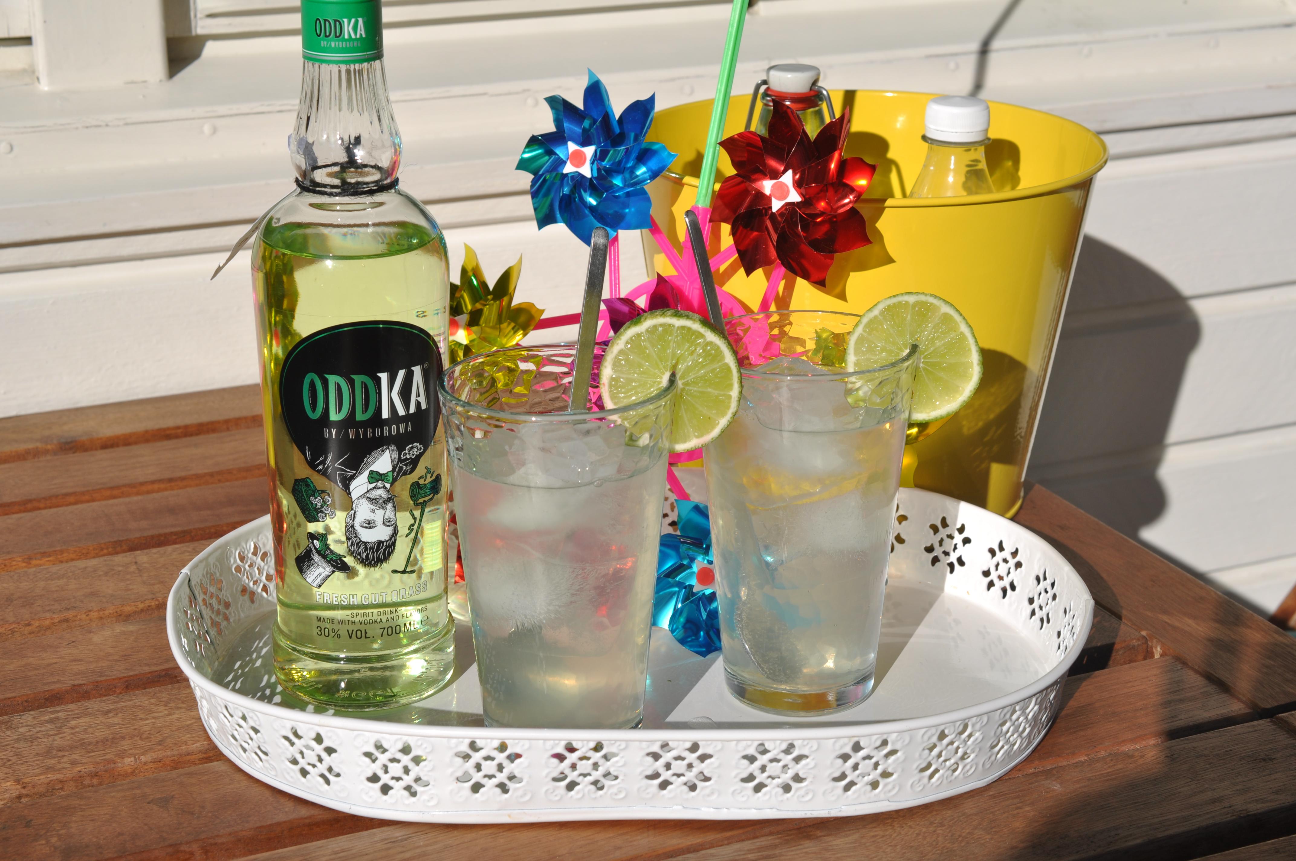 Oddka vodka flower bud