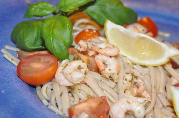 räkor vin glutenfri pasta semper ekologisk linguine sedani