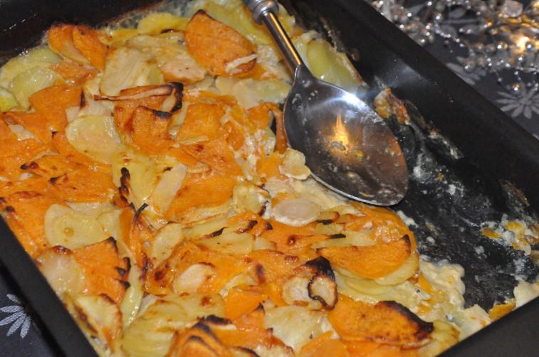 Gratäng på gruyere sötpotatis, palsternacka potatis