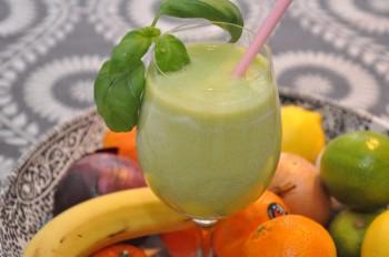 ananas päron basilika