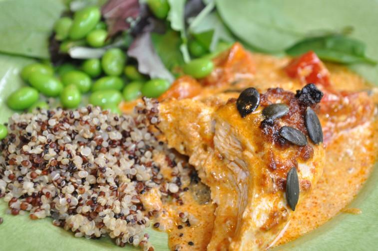Kyckling i riklig pestosås