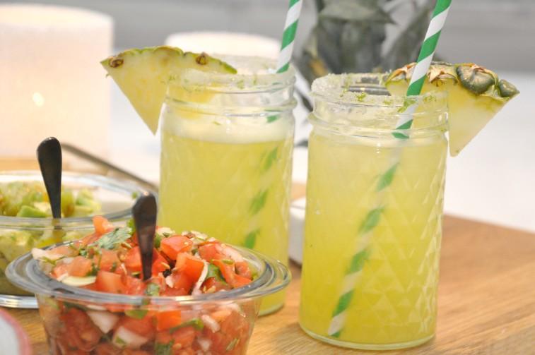 Agua de pina ananas drink dryck alkoholfri mocktail
