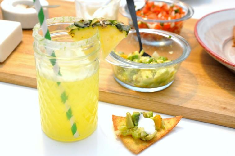 Mexicanskt agua de pina tortillas
