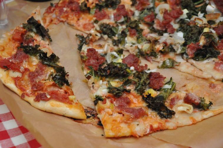 Premium pizza grönkål salsicca Allegrini Valpolicella Superiore