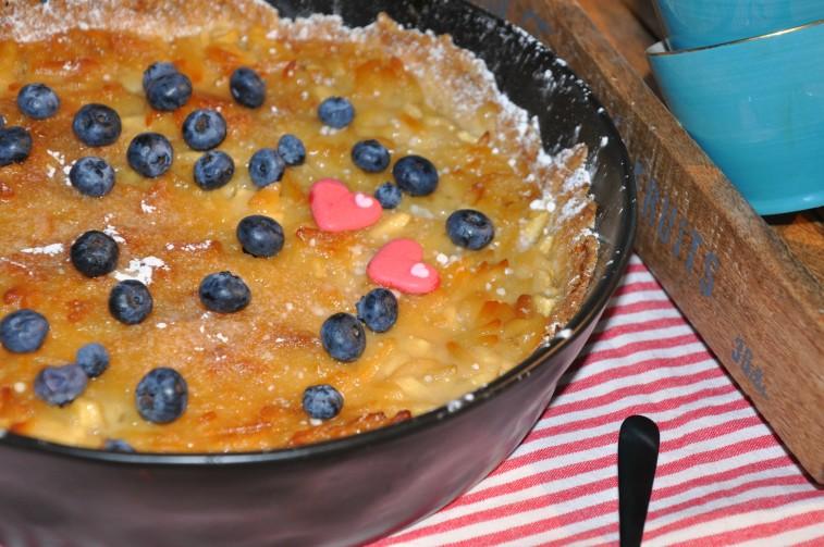 Äppelkaka med toscatäcke
