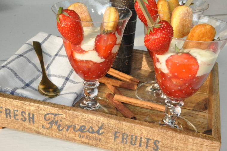 Jordgubbstiramisu sommar sommardessert dessert efterrrätt