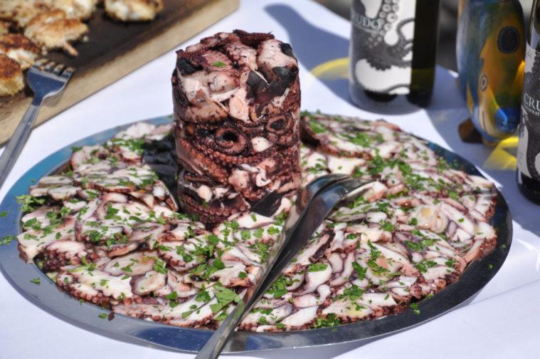 Crudo bläckfisk vin ekologisk prosecco rosé