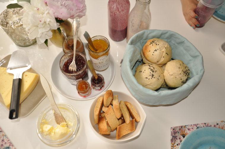 Skorpor med apelsin, kardemumma mandlar hasselnötter