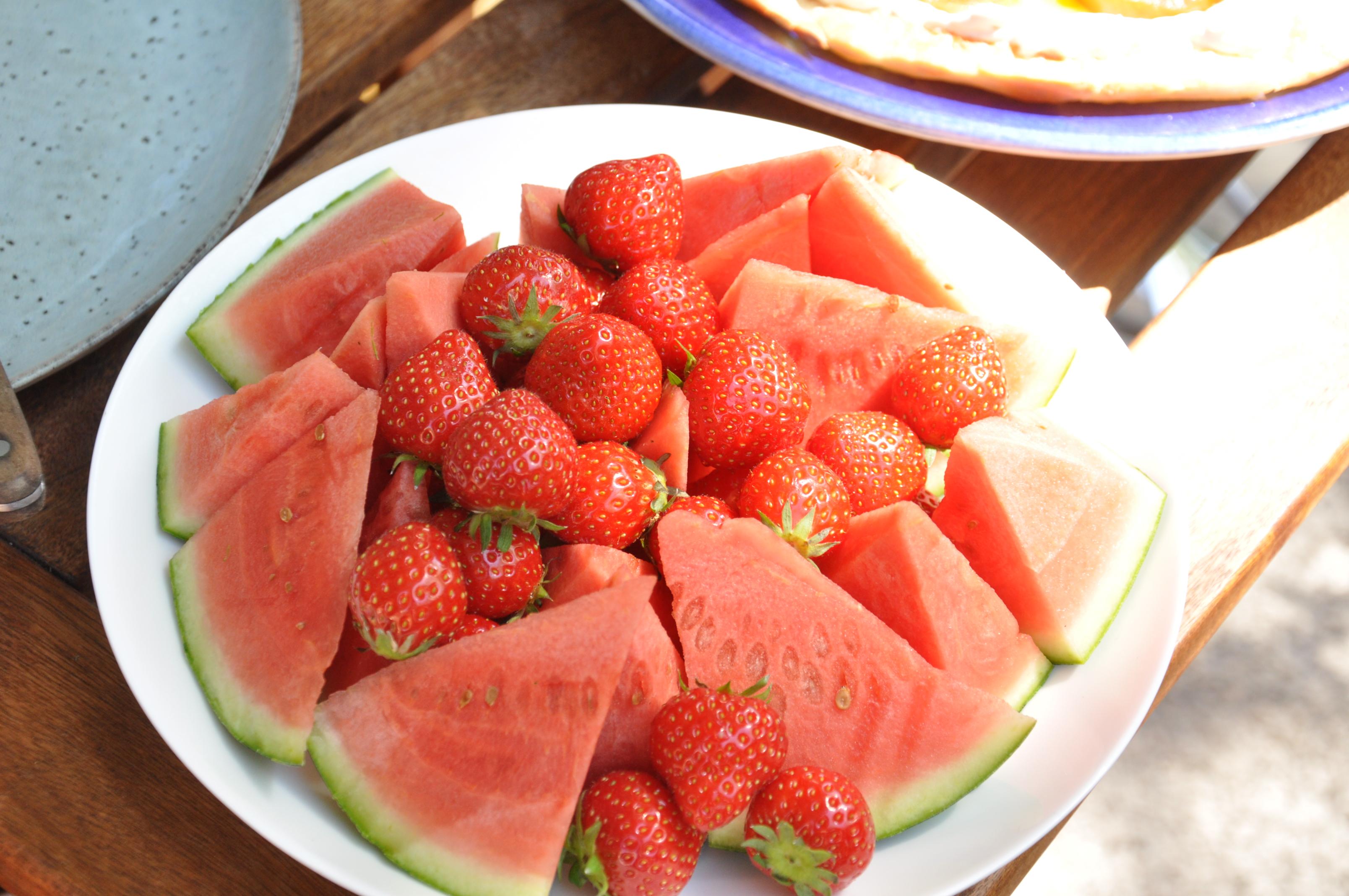 Melon och jordgubbar