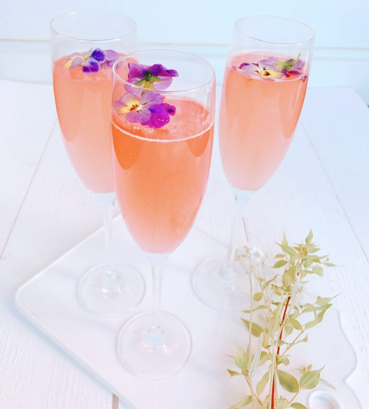 French 75 cocktail rabarber ros