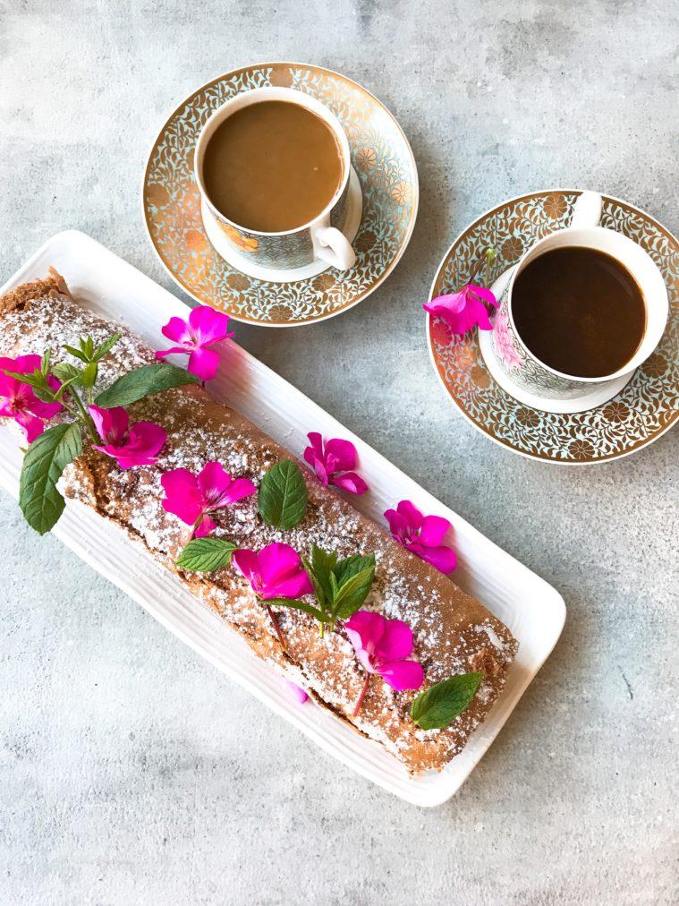 Mejerifri rulltårta chokladtårta med hallonsylt lime curd sojagrädde