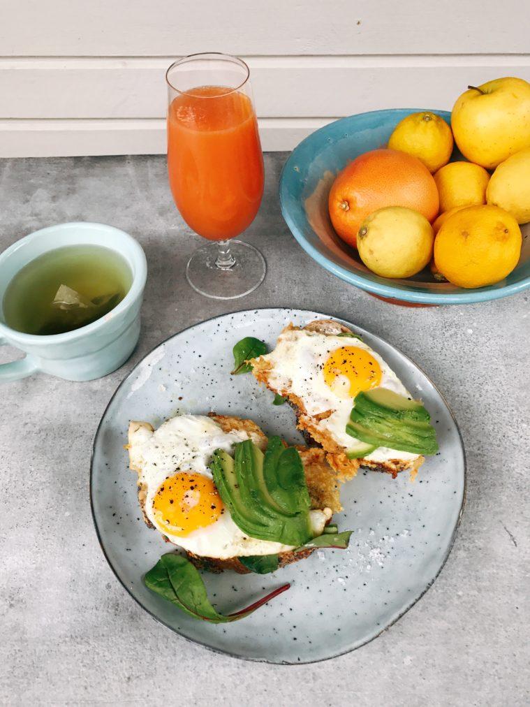 Gruyere stekta ägg frukost brunch breakfast