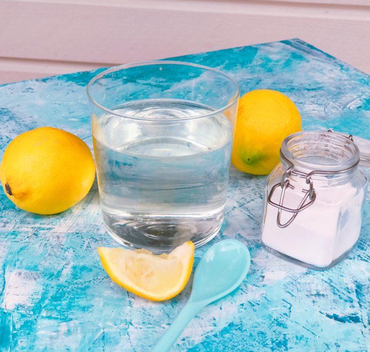 Citron bikarbonat vatten alkaliserande hälsa