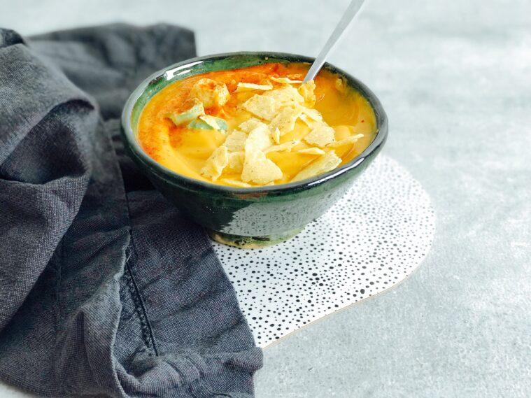Snabb sötpotatissoppa med sambal oelek