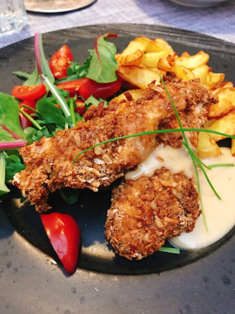 Kyckling panerad i salta pinnar